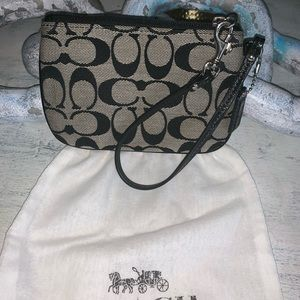 Coach Wristlet with dust bag